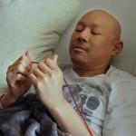 21 Alex Tung Holding Cord Blood3